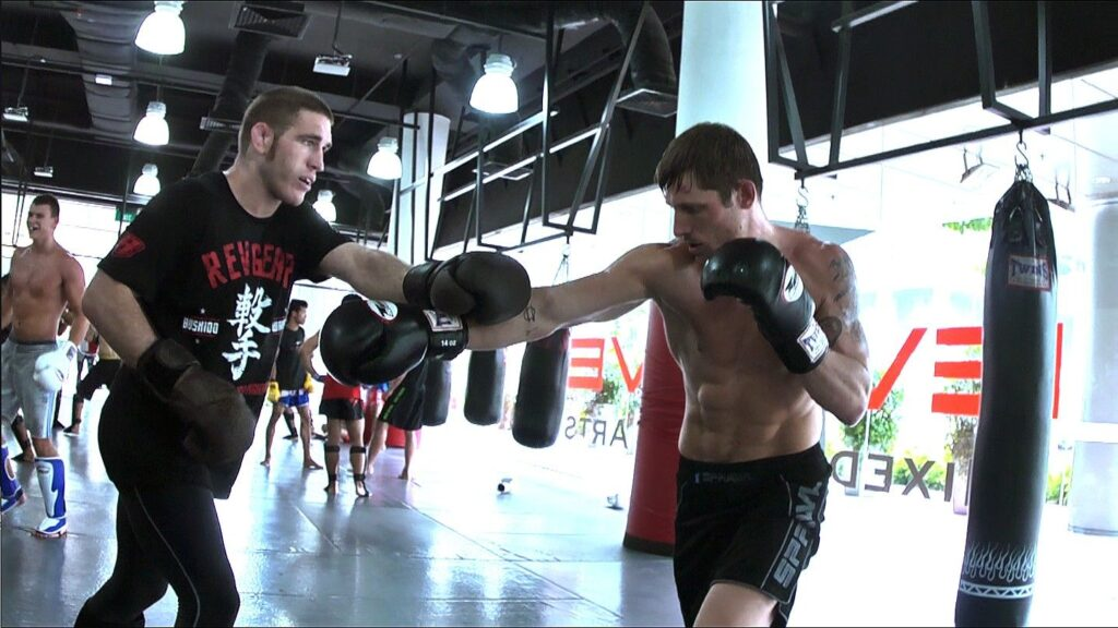 Jake Butler working techniques with UFC Fighter Tom Lawlor