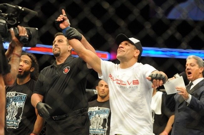 Rafael Dos Anjos celebrates after defeating Benson Henderson in the Main Event.