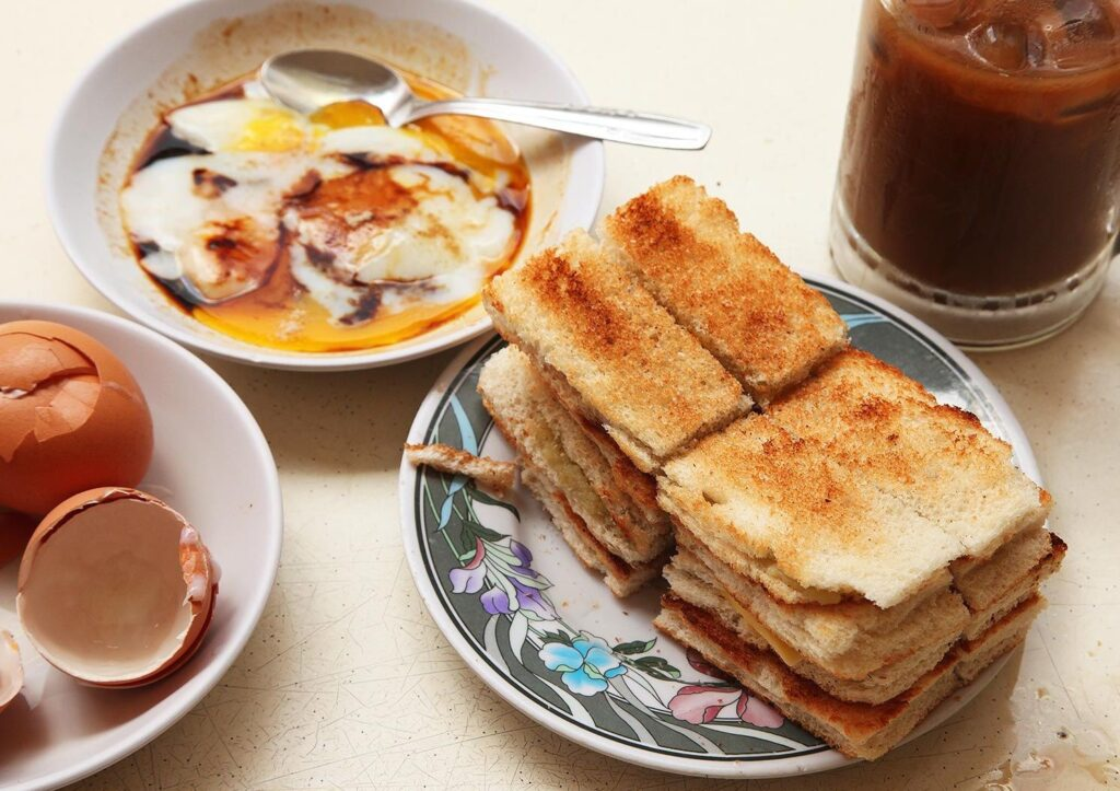 20140917-singapore-soft-eggs-kaya-toast-1