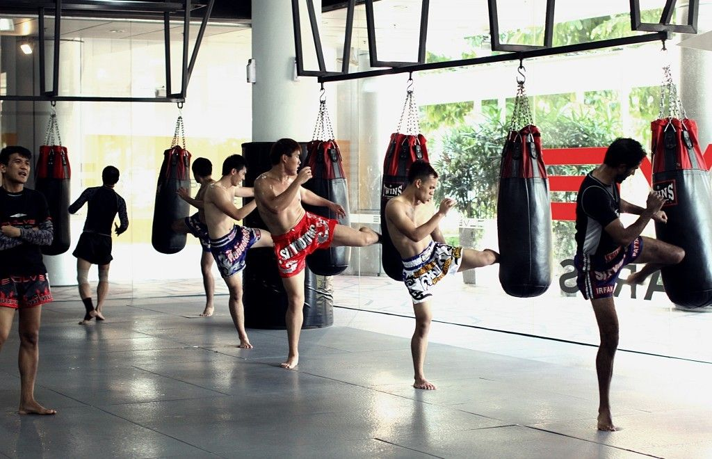 muay thai competition team training