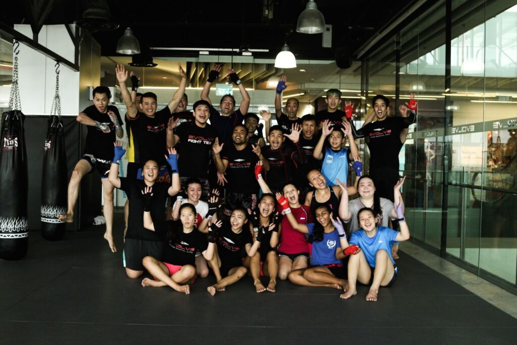muay thai students