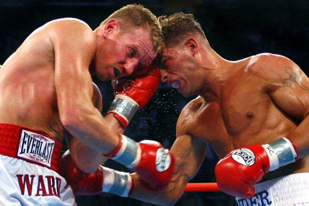 WATCH: 5 Of The Greatest Rounds In Boxing History (Videos)