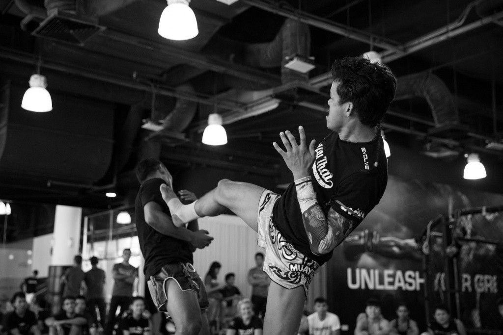 Multiple-time Muay Thai World Champion Orono Wor Petchpun demonstrates a push kick.