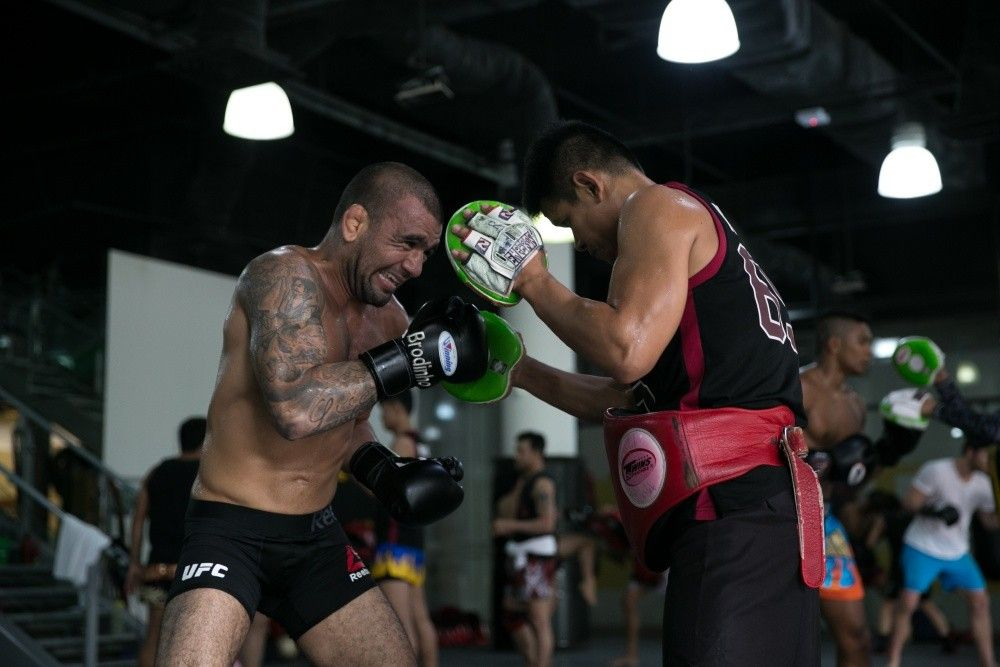 "BJJ World Champion and UFC Fighter Leandro ""Brodinho"" Issa is training hard at the Evolve MMA Fighters Program."