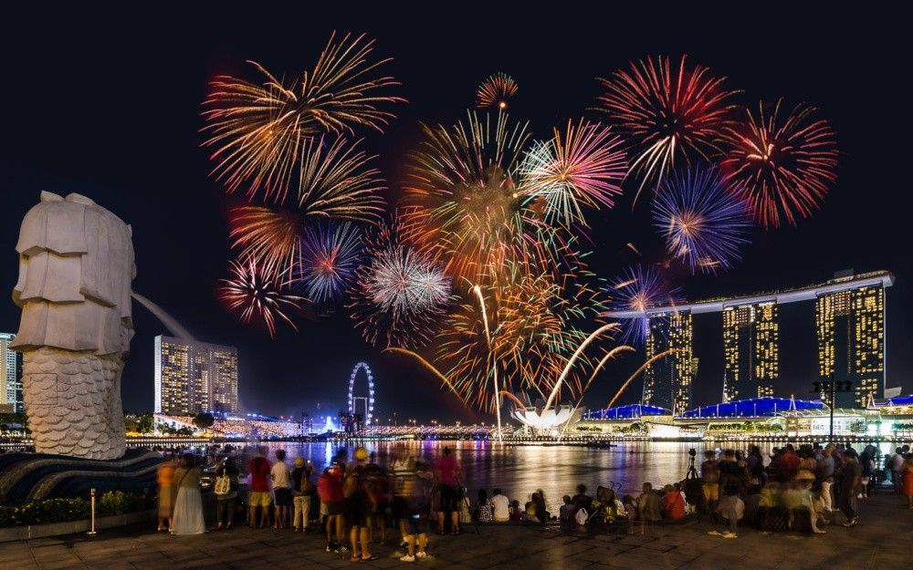 5 Best Places to Catch New Year Fireworks in Singapore