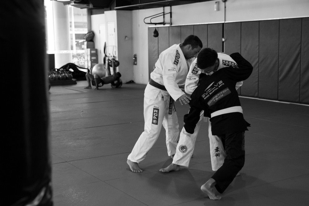 2x BJJ World Champion Teco Shinzato has promoted many famous BJJ black belts.