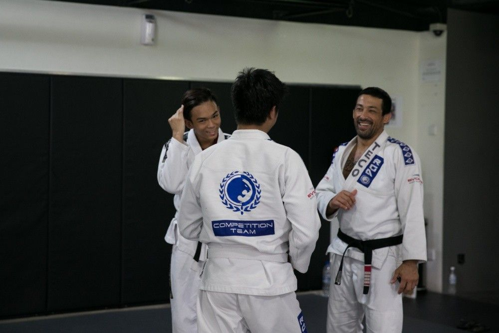 2x BJJ World Champion Teco Shinzato has taught some of the greatest BJJ Black Belts in history.