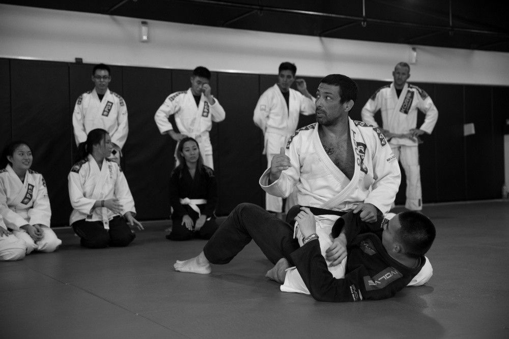 2x BJJ World Champion Teco Shinzato shares details with his students at Evolve MMA.