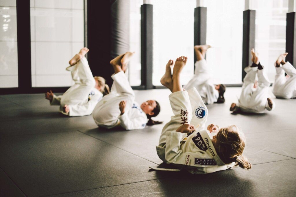 Choke sit-ups are a great warmup for BJJ class.