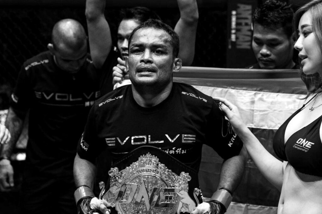 5 Reasons Why Dejdamrong Sor Amnuaysirichoke's Fight On May 27 Is The Biggest Fight Of His Life