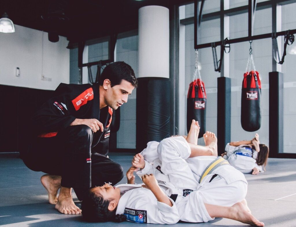 Eduardo holds a Black Belt in Brazilian Jiu-Jitsu under Master Elcio Figueiredo.