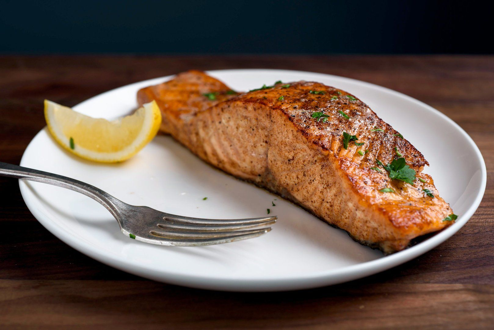 6 foods that keep your energy levels up all day evolve daily for How to make fish food