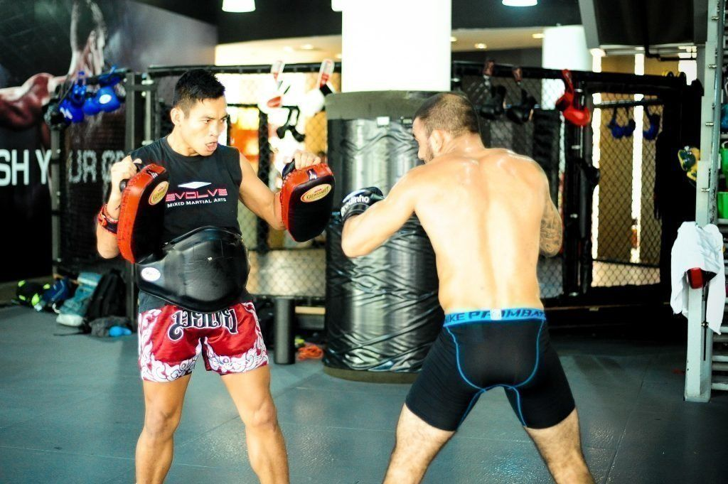 Yodkunsup Por Pongsawang is widely regarded as one of the top striking coaches in Asia.