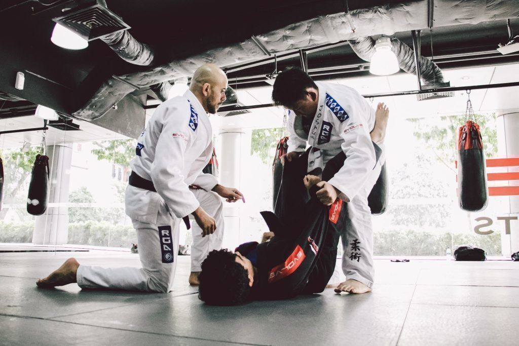 "BJJ Black Belt and Champion Thiago ""Guli"" Kozama teaches BJJ at Evolve MMA."