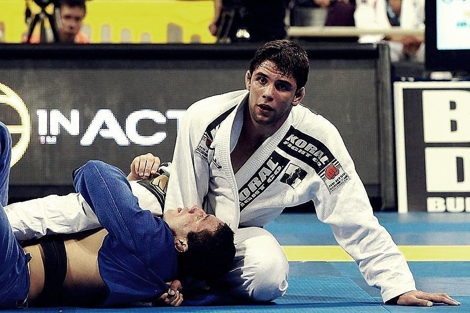 WATCH: Here's How To Pass The Most Frustrating Guard In BJJ (Videos)