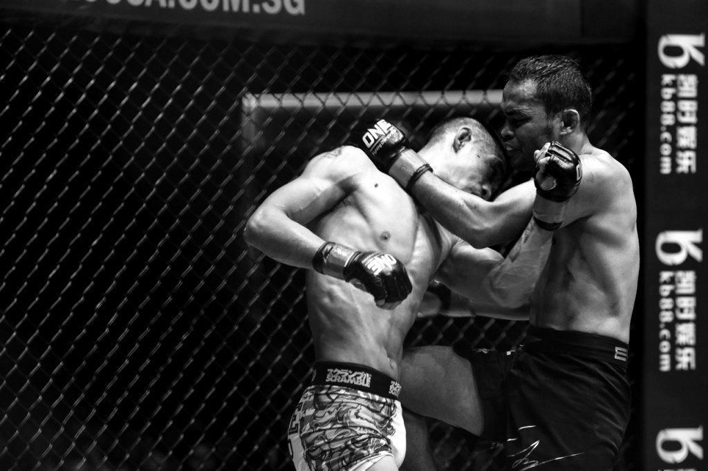 Multiple-time Muay Thai World Champion Dejdamrong Sor Amnuaysirichoke started MMA at 37 years old.