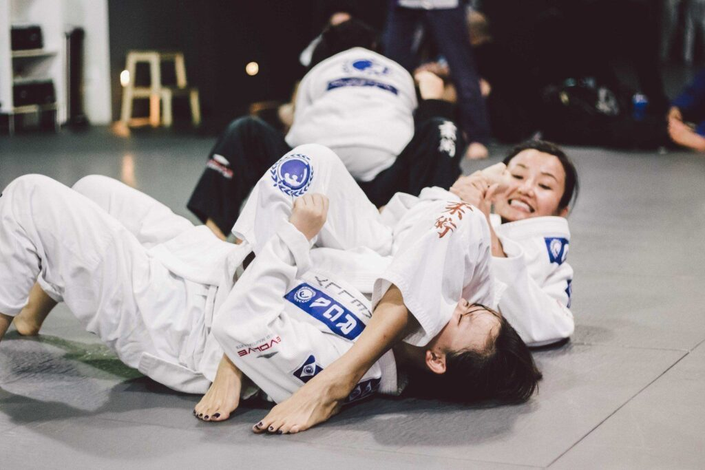 The armbar is a simple and effective submission in BJJ.