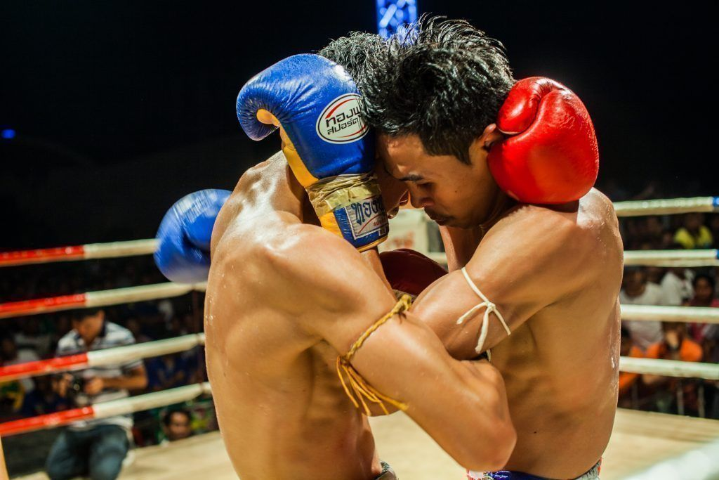 WATCH: 6 Ways To Escape The Muay Thai Clinch (Videos)