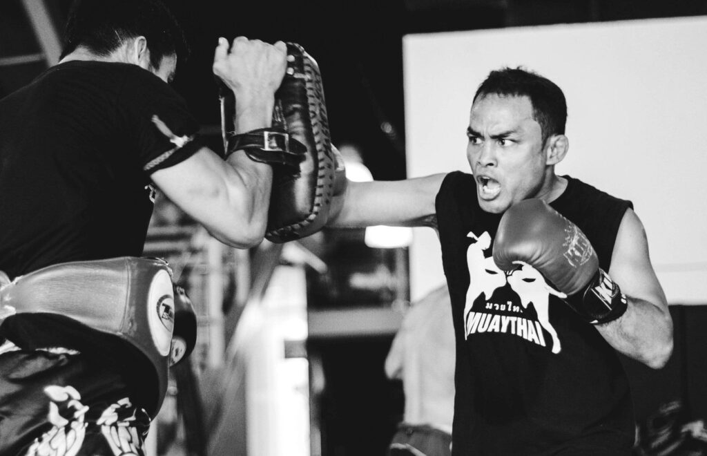 WATCH: Muay Thai 101: What Is Fighting Distance? (Videos)