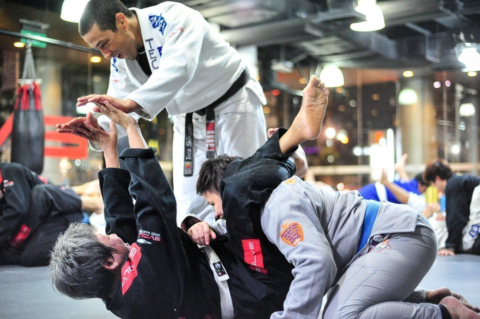 5 Ways Martial Arts Cultivates Peace - Evolve Daily
