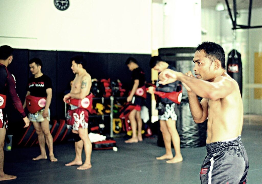 Multiple-time Muay Thai World Champion and ONE Superstar Dejdamrong Sor Amnuaysirichoke trains hard at the Evolve MMA Fighters Program.
