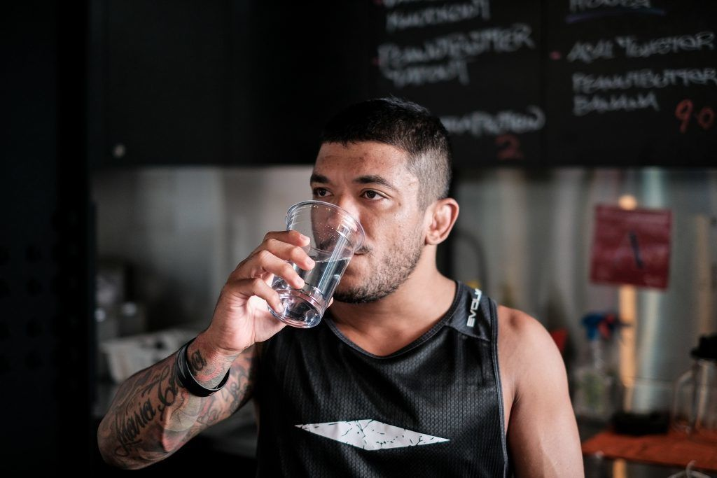 alex silva drinking water