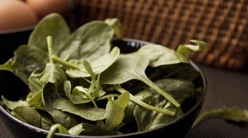 8 Foods That Rev Up Your Metabolism (And Burn Fat)