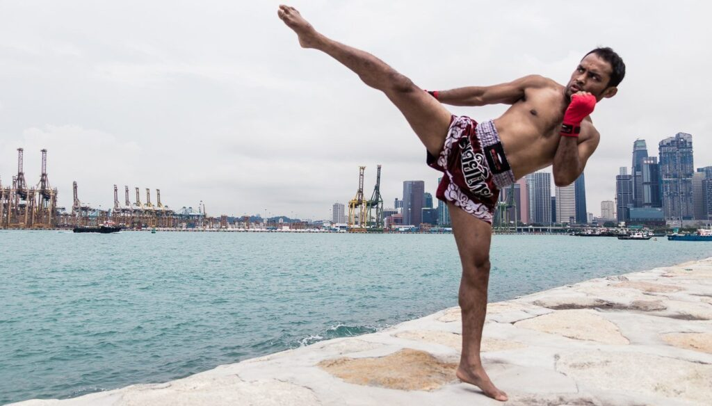 Dejdamrong Muay Thai Kick