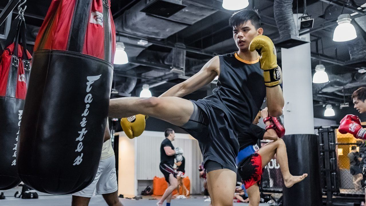 Muay Thai Heavy Bag Kick