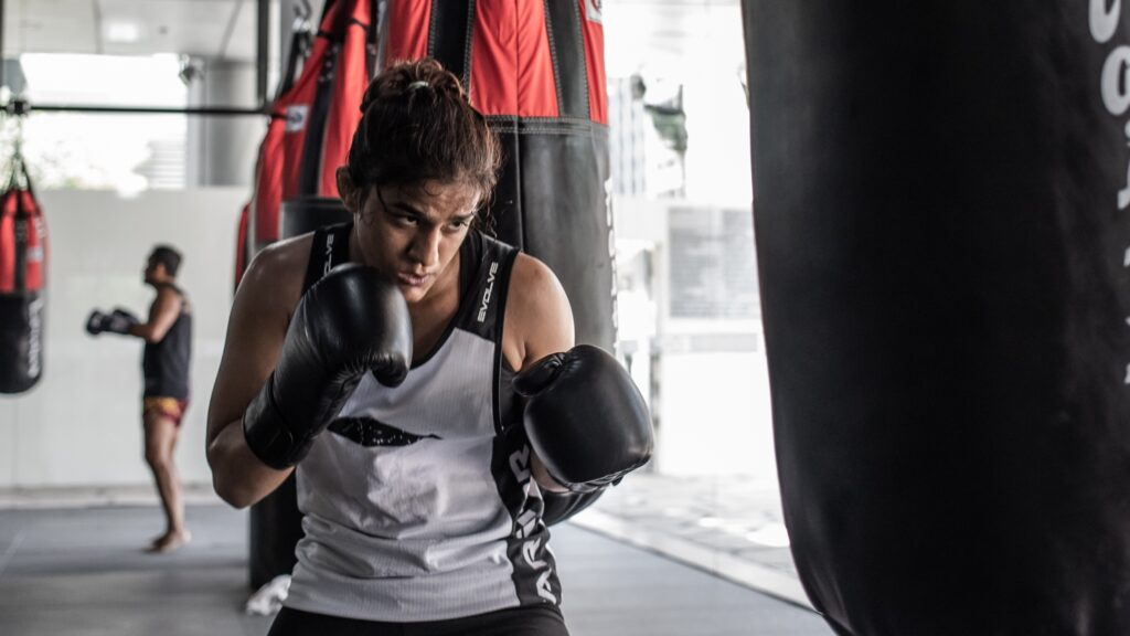 5 Noticeable Ways Your Life Changes After Starting Muay Thai