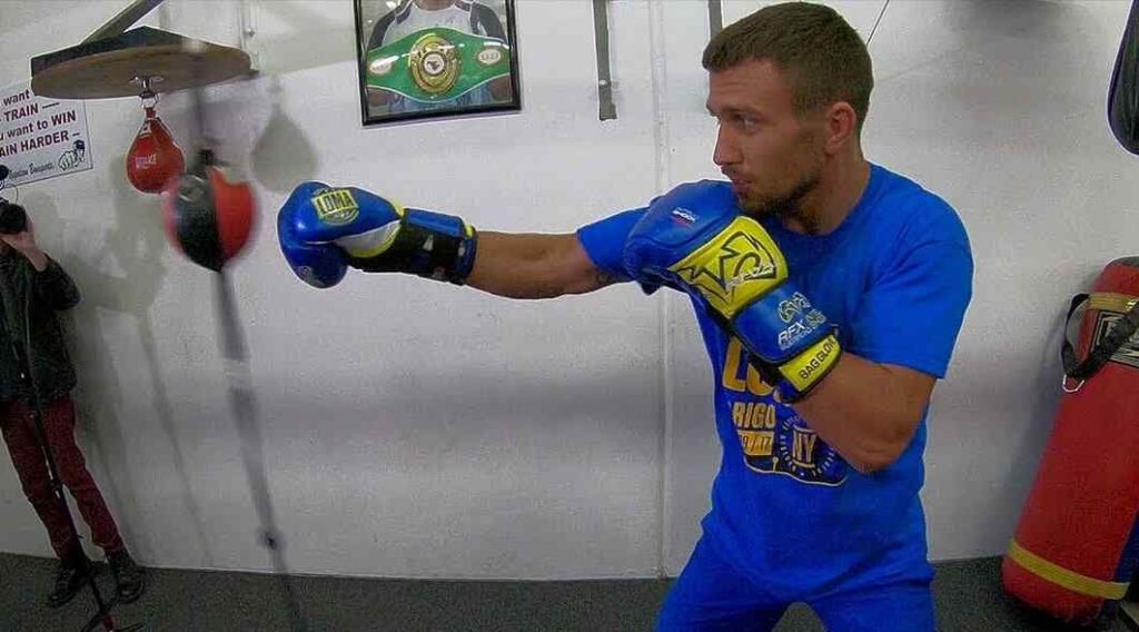 lomachenko-double-end-bag