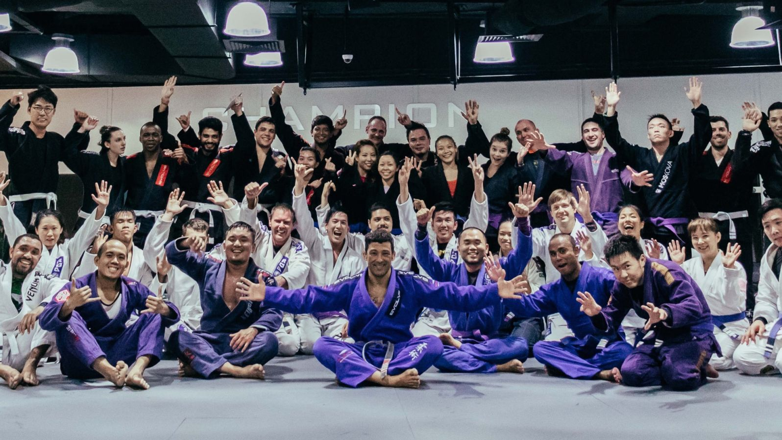 A group of BJJ students