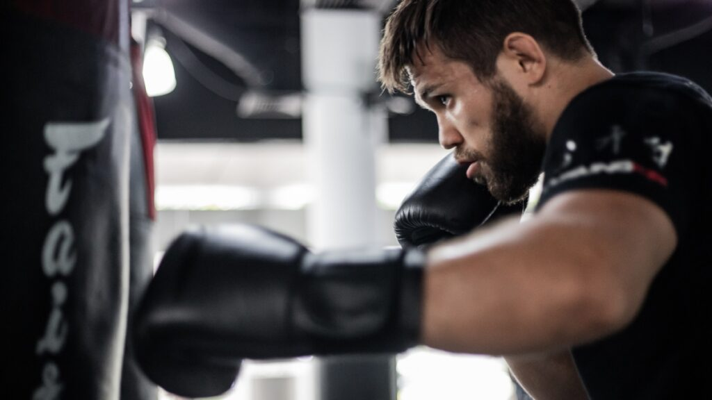 4 Unexpected Lessons You'll Learn In A Boxing Gym