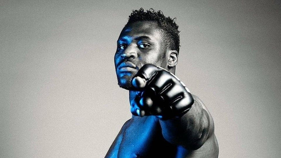 Professional Fighters Reveal 5 Of The Hardest Strikers In MMA