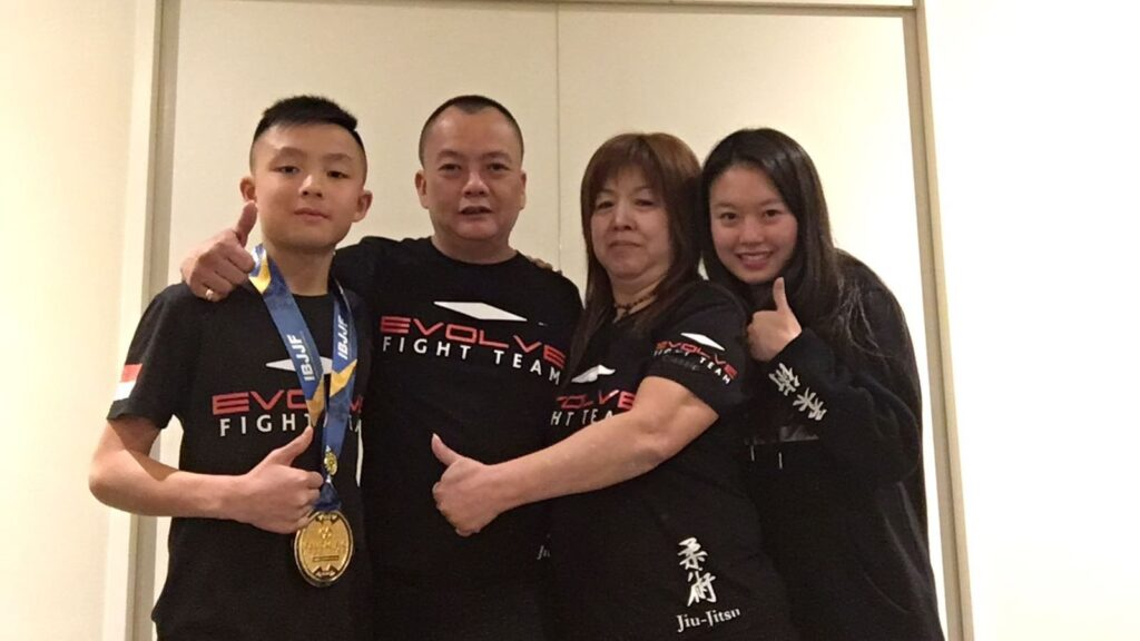 martial-arts-family