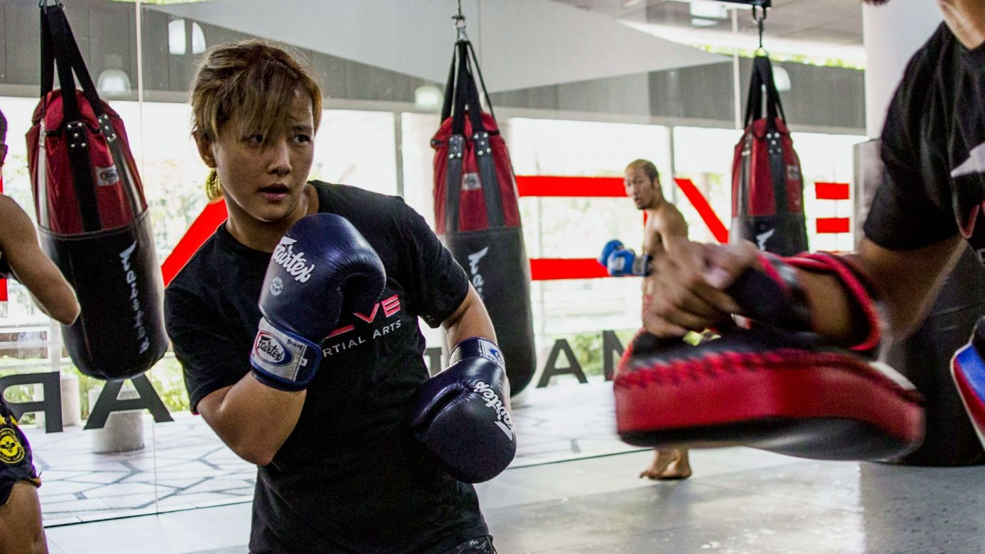 boxing-feint-song-ka-yeon