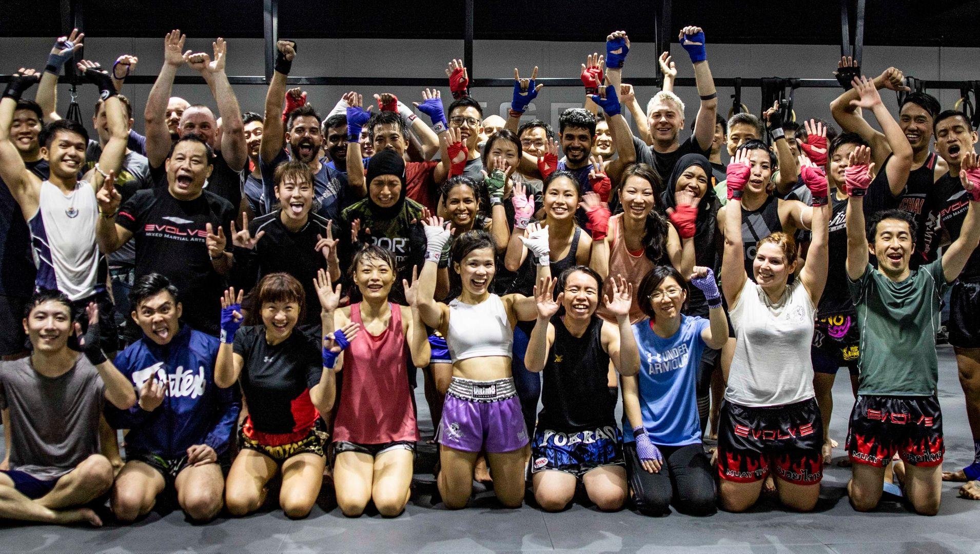 Happy-Muay-Thai-Class