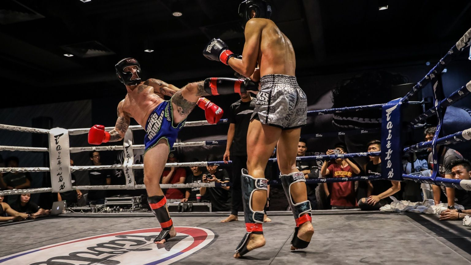 Kick-Muay-Thai-Fight-Night1