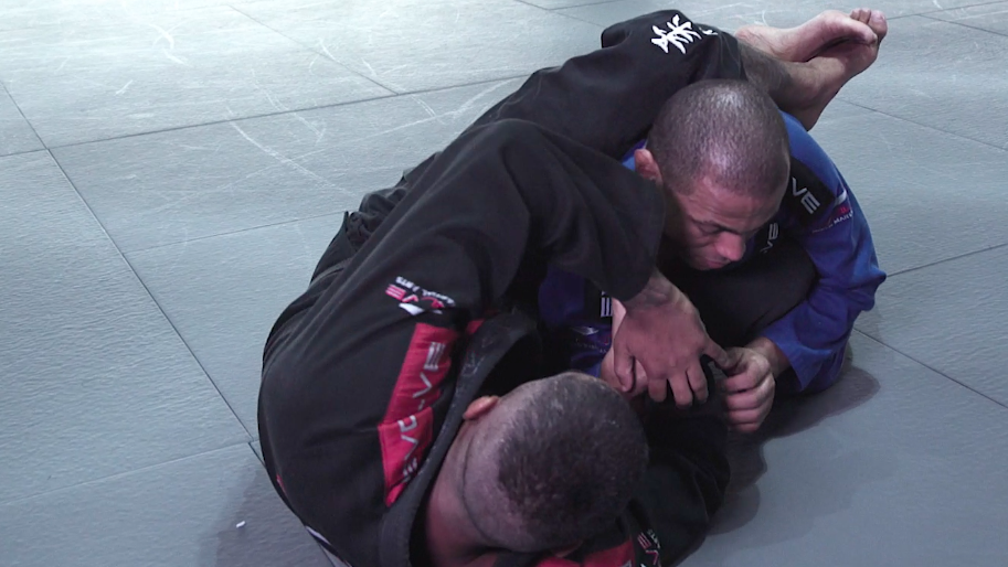 Here's What You Need To Know About Wrist Locks In BJJ