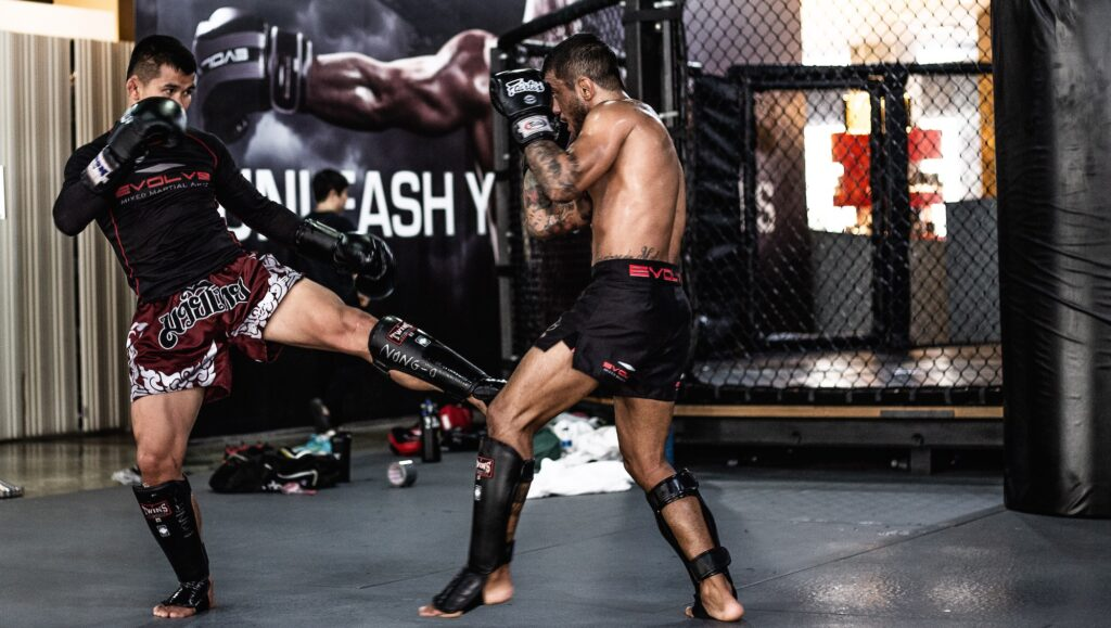 Utilizing The Inside Leg Kick In Muay Thai