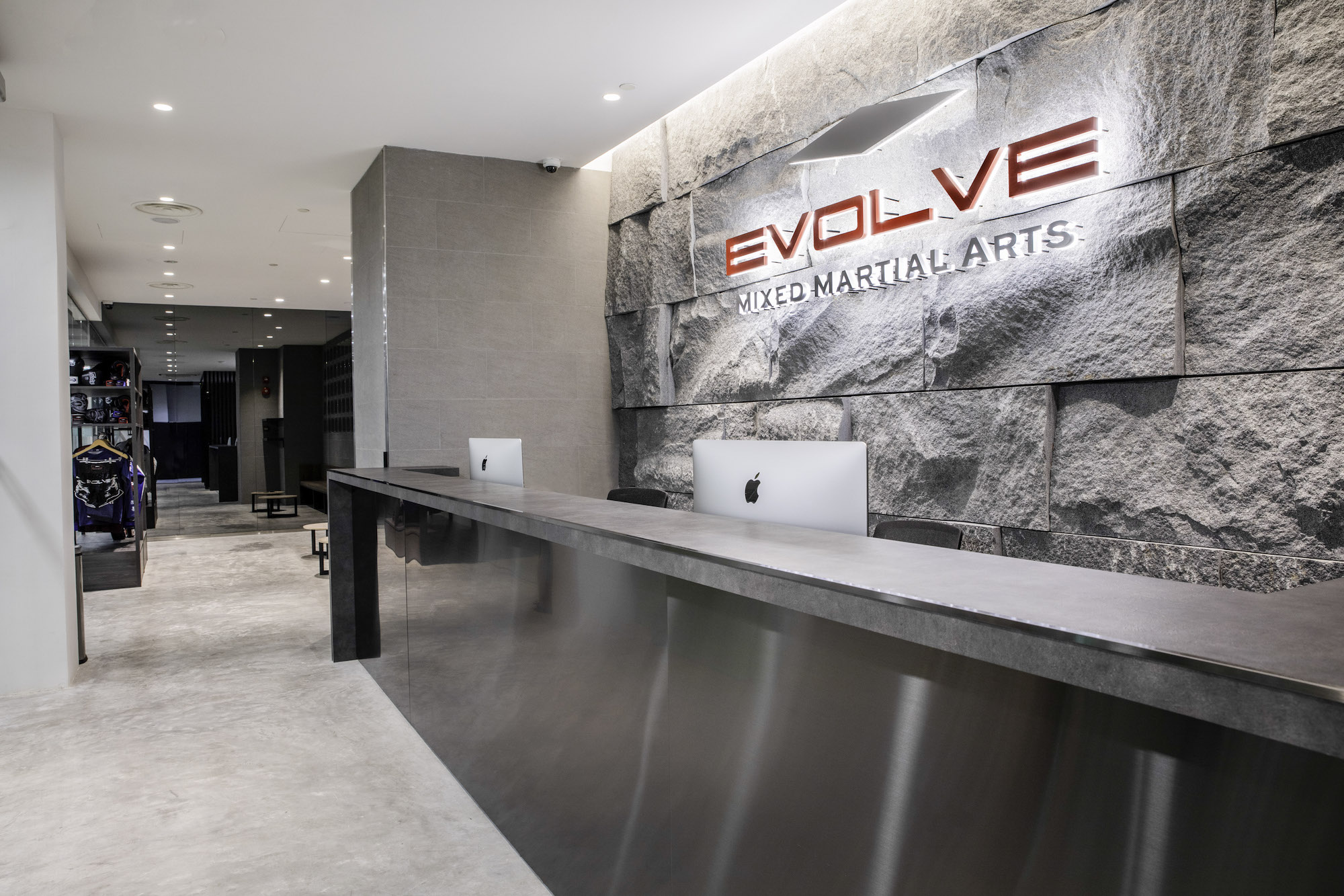 Evolve Clarke Quay Central Front Desk
