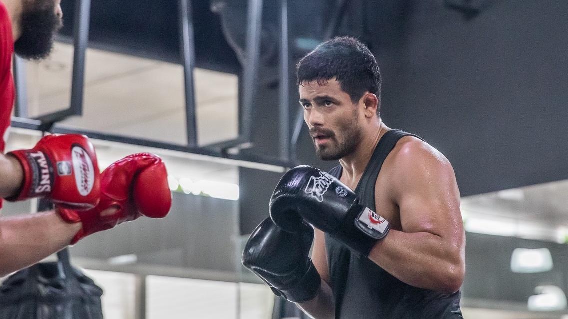 Johnny Nunez sparring