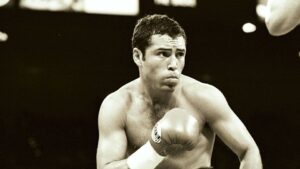 5 Of Oscar De La Hoya's Signature Boxing Techniques You Can Add To Your Game