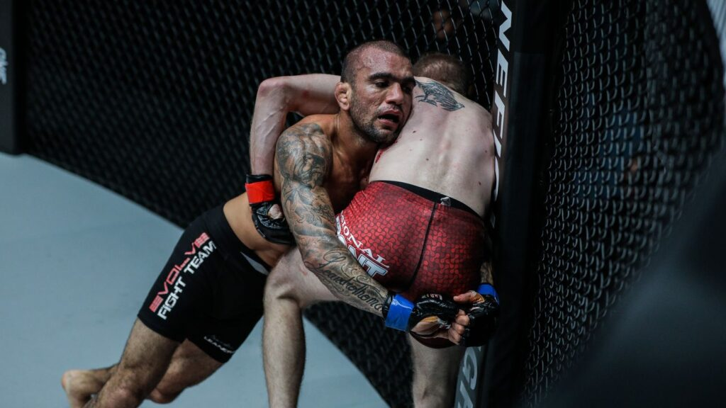 5 Takedowns You Need In Your MMA Game