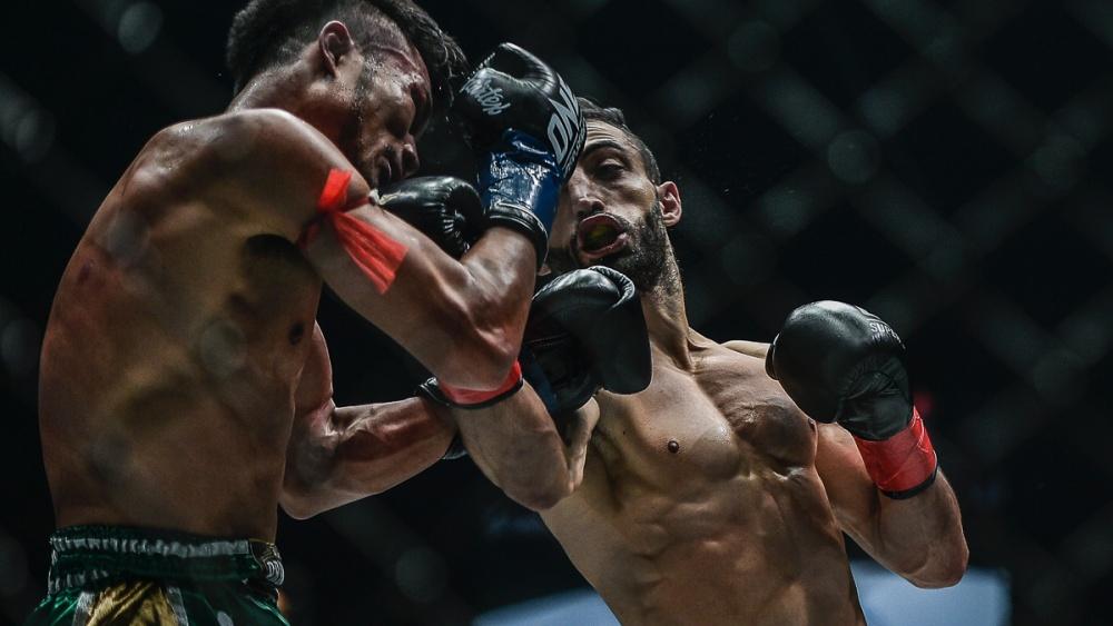 boxing uppercut clean shot