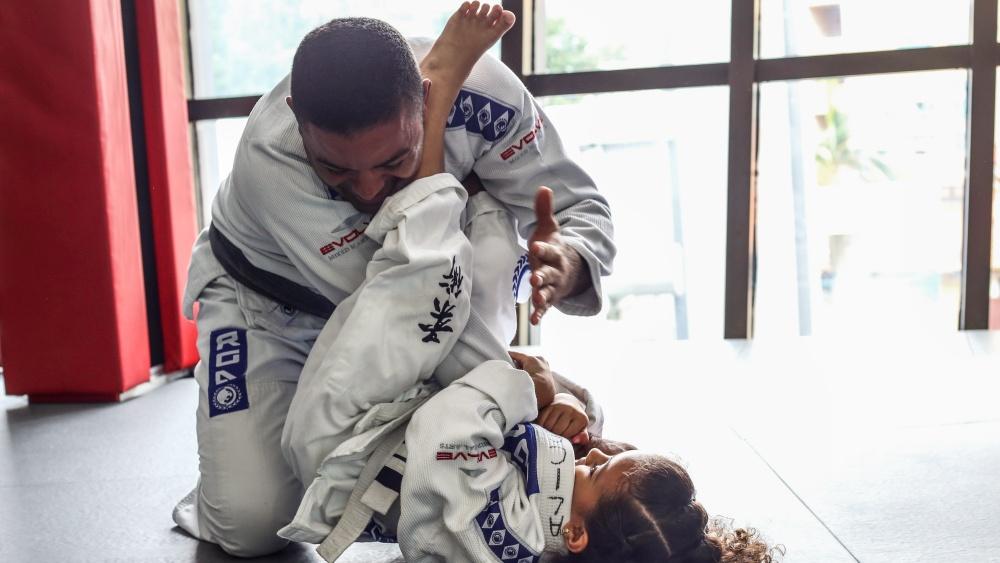 daughter trains bjj
