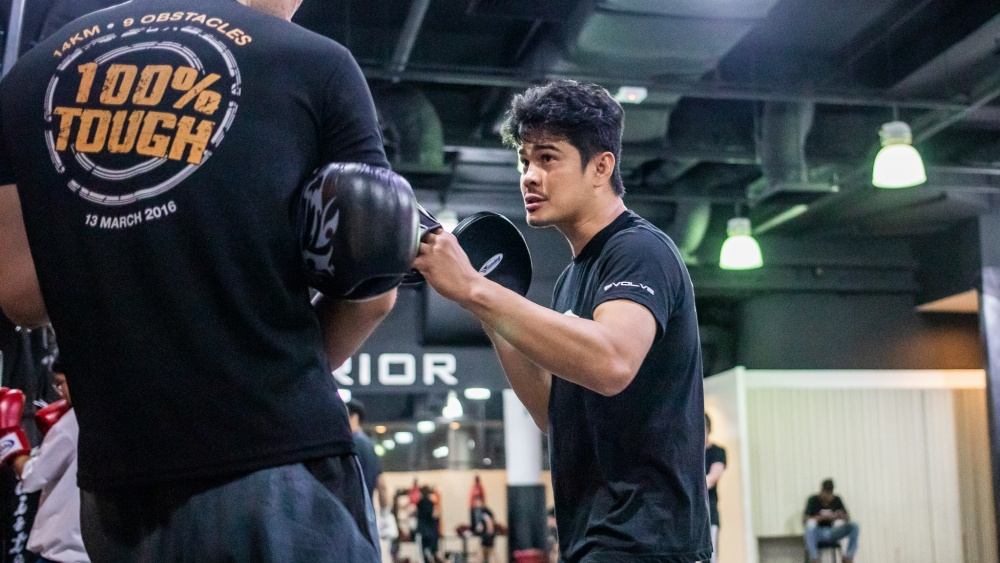 5 Things Your Boxing Instructors Wish You Didn't Do In The Gym