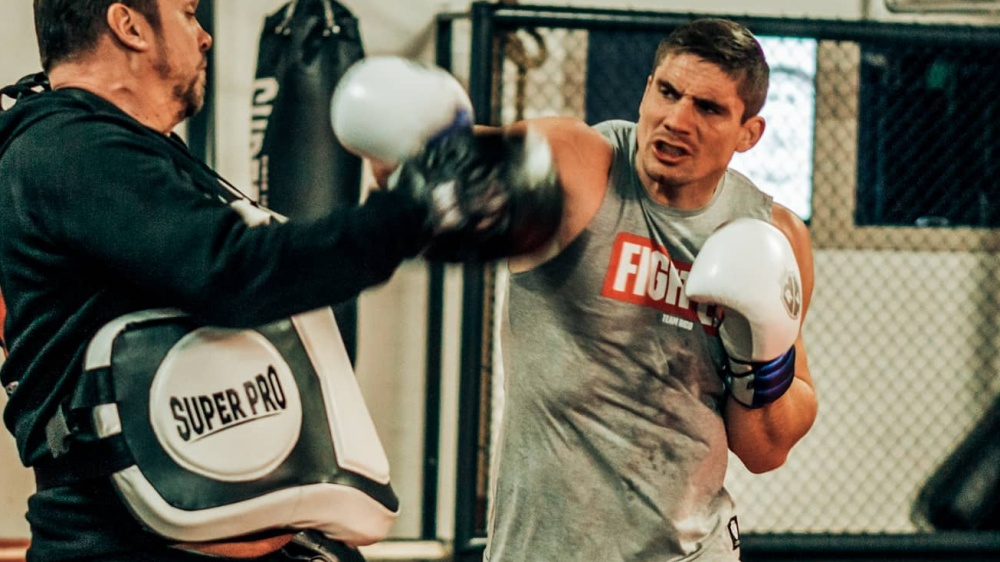 Top 7 Dutch Kickboxers Of All Time