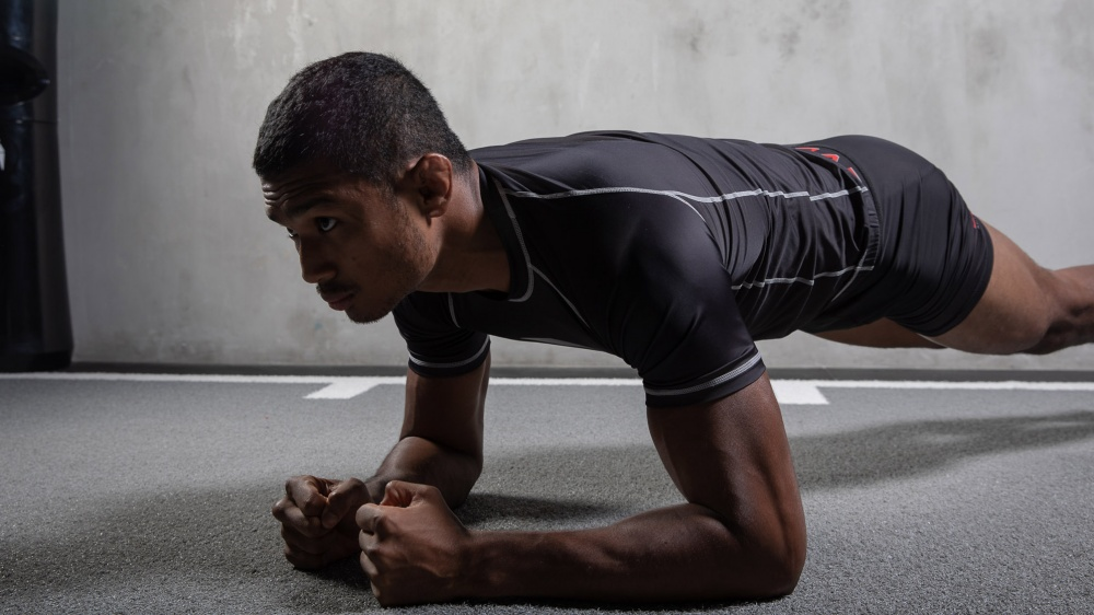 5 Effective Ab Exercises You Should Do At Home