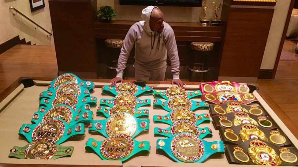 5 Fighters Floyd Mayweather Jr. Avoided In Their Prime